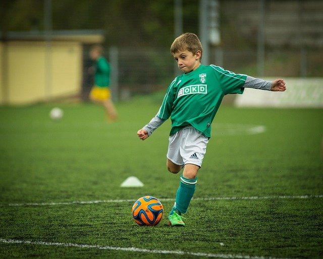 Comment devenir un footballeur professionnel ?